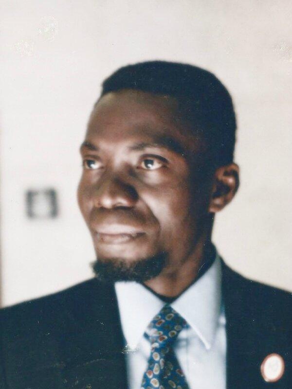 Léonard Makosso-Akendengué