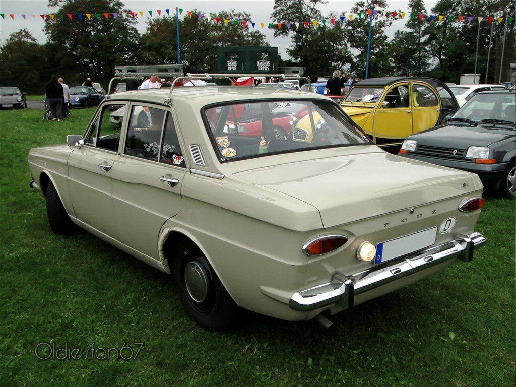 ford taunus 12m p6 1970 oldiesfan67 mon blog auto. Black Bedroom Furniture Sets. Home Design Ideas