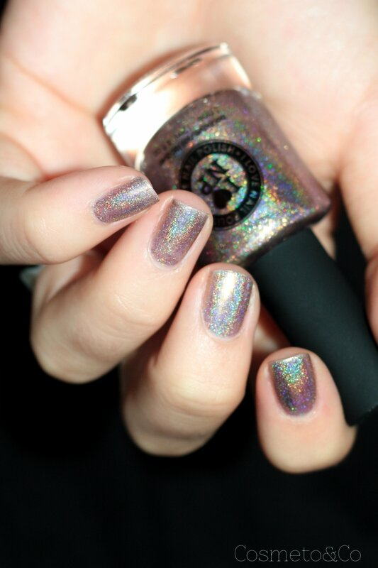 ILNP Iconic swatch-10