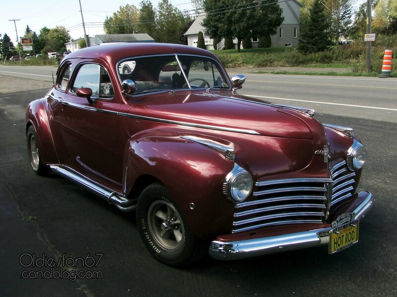 chrysler-royal-club-coupe-1941-a