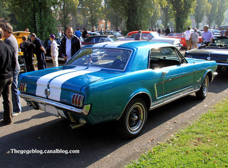 Ford_T_5_2door_hardtop_coupe_de_1965__Retrorencard_octobre_2011__02