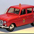 05 Renault 4 Pompiers Solido 1