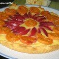 Tarte aux petits suisses fruite aux abricots et prunes du jardin