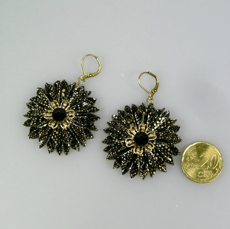 BO Ronde fleur noir doré V4