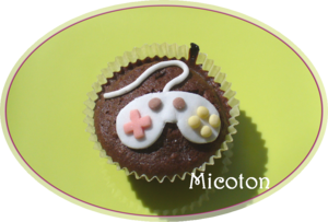 cupcake_pate_a_sucre_manette_jeu_video