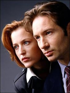 foxx13_1119005965_fox_et_scully