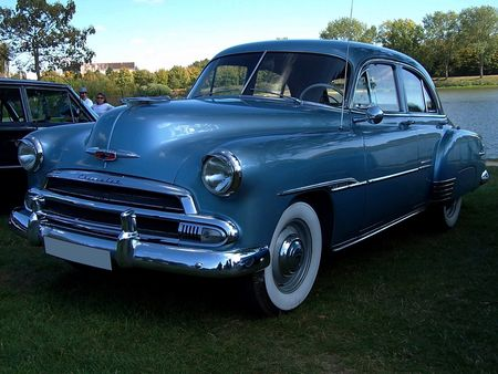 CHEVROLET_Styleline_De_Luxe_4door_Sedan___1951