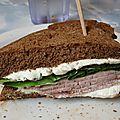 Sandwich (rosbeef + crème au bleu) au Santropol