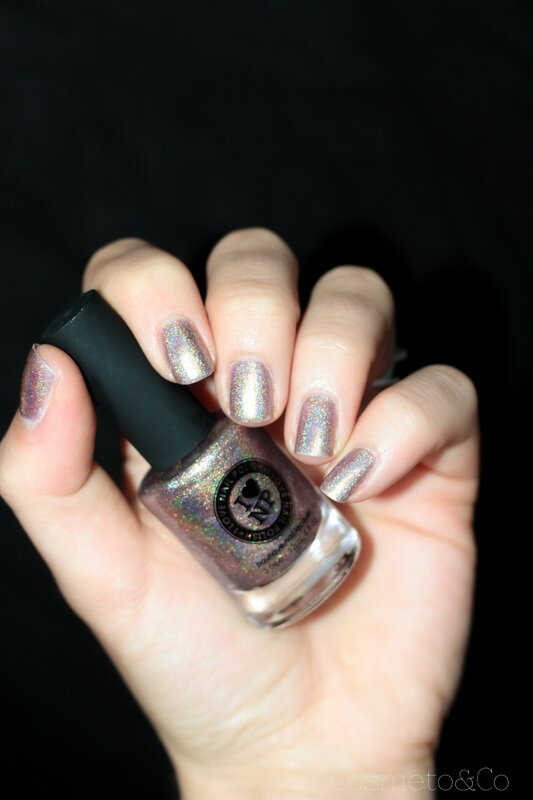 ILNP Iconic swatch-6