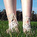 Les pieds dans l'herbe
