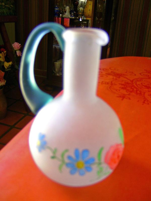 vase peint sur opaline