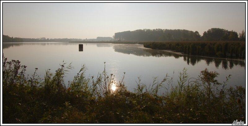 un des étangs, par un petit matin d'automne