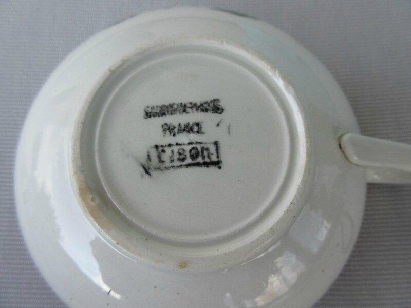 CIBON tasse dessous