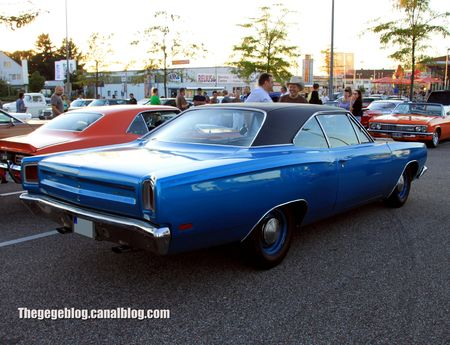 Plymouth road runner hardtop coupe de 1969 (Rencard Burger King septembre 2012) 02