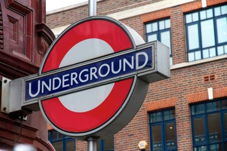 Londres___Underground_sign