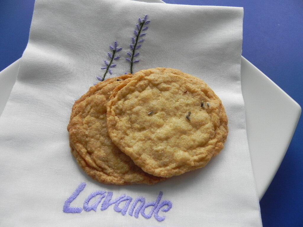 Biscuits à l'ancienne au sucre et à la lavande, sans gluten