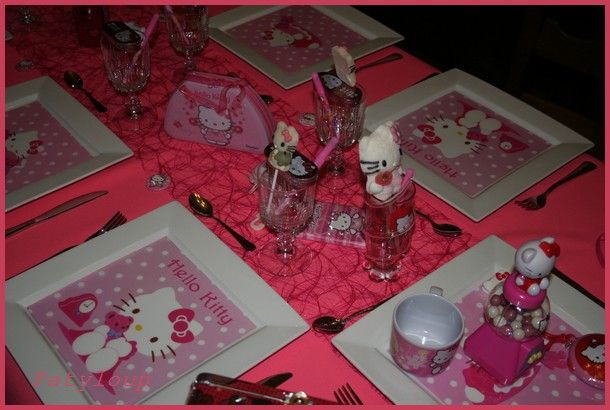 déco de table hello kitty #4