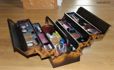 Caisse a maquillage