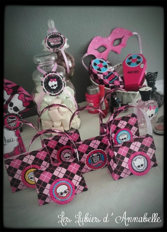 sac merci anniversaire monster high