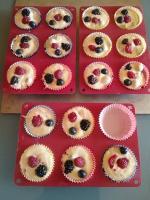 Muffins super moelleux aux fruits rouges 048