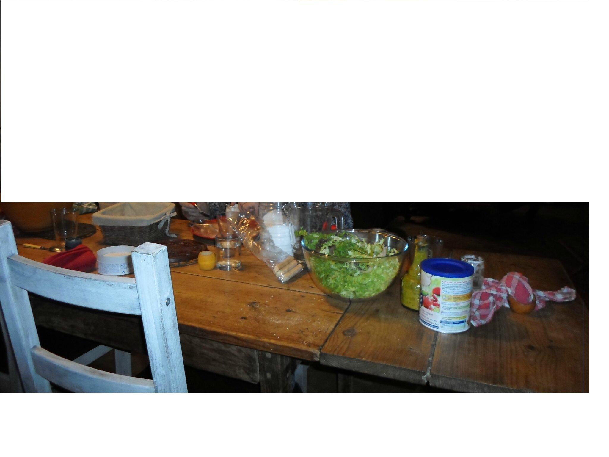 table de la salle mon domaine de poulpiquet. Black Bedroom Furniture Sets. Home Design Ideas
