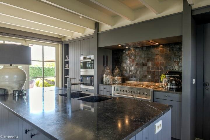 Cuisine Design Rustique : Inspirations de Cuisine Ilot De Cuisine Maison A VendreLa DecoBelge