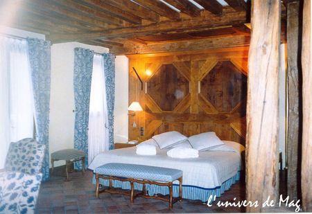 2003 04 12 - notre suite côté chambre