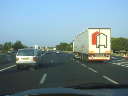autoroute__A9_satur___et_hyper__dangereuse