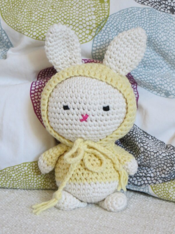 House in the city, lapin crochet