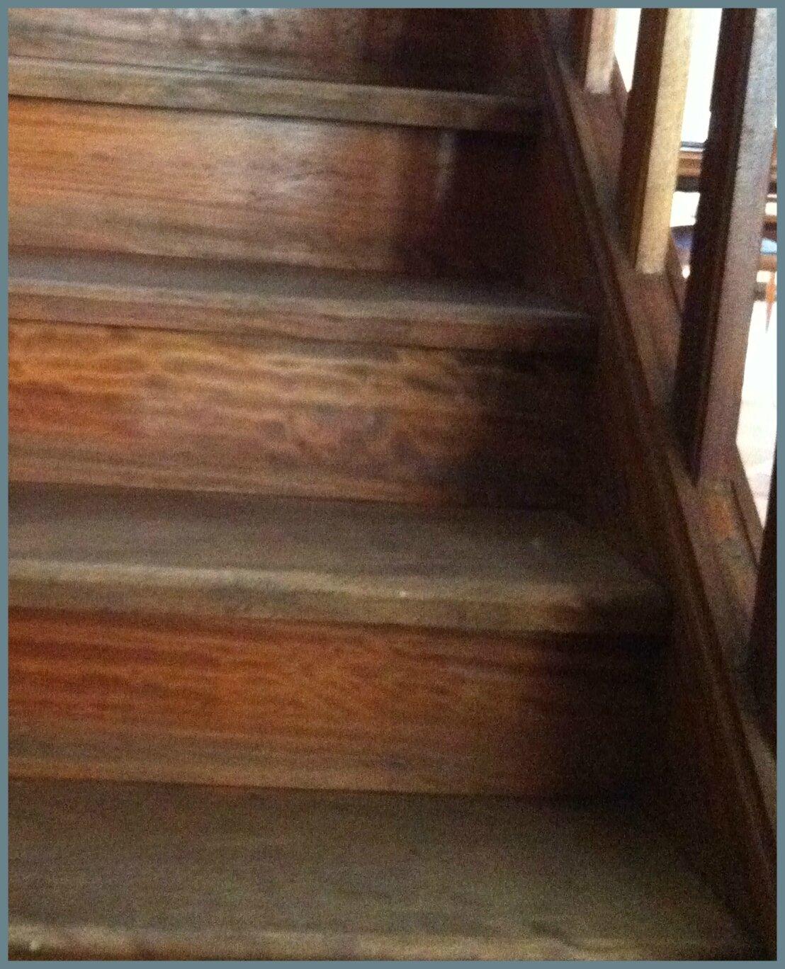 Magie d 39 un coup de peinture pas pareil by me for Peinture sur escalier bois