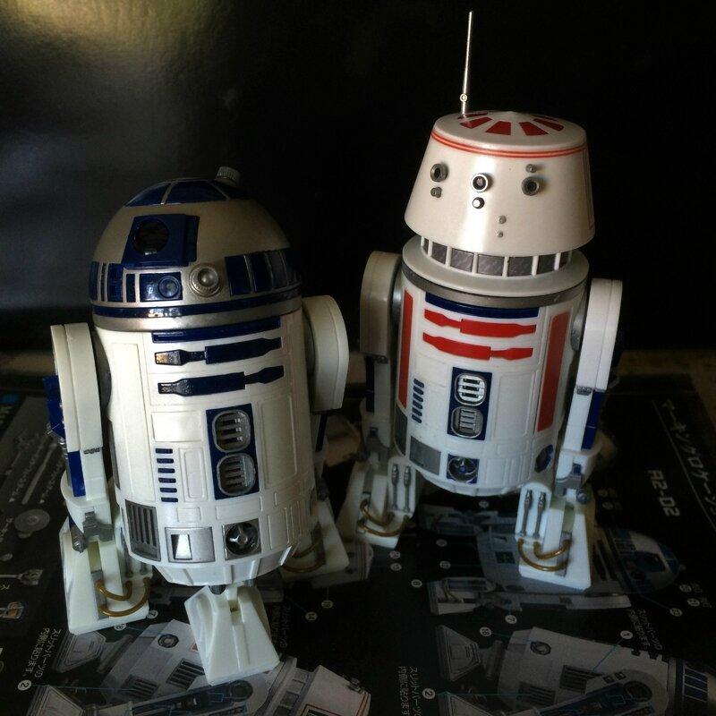 R5-D4 & R2-D2 5