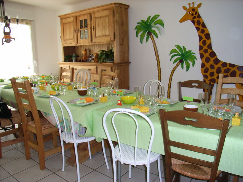 D coration de la table du bapt me photo de d co le petit monde de maman p - Decoration de la table ...