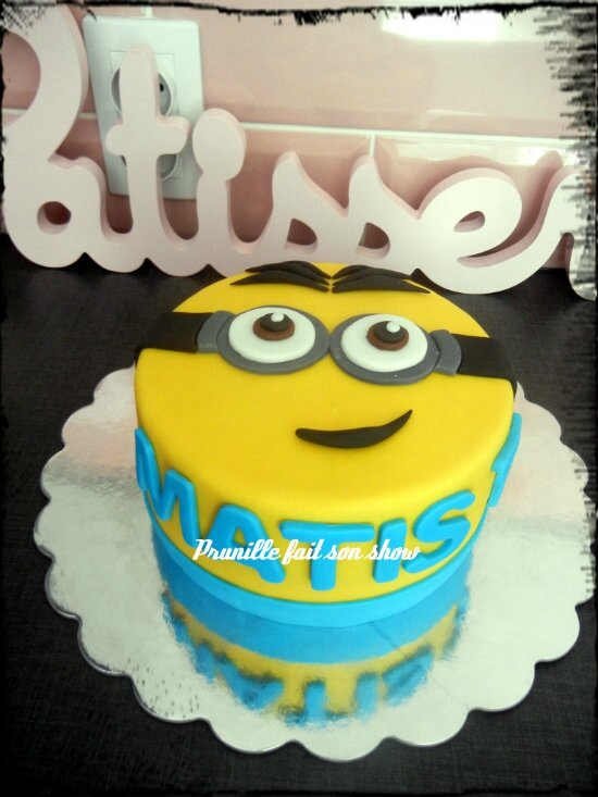 Gateau Minion 2D