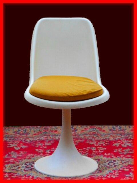 table chaises annees 70 style s knoll tulipe vendu meubles et d coration vintage design. Black Bedroom Furniture Sets. Home Design Ideas