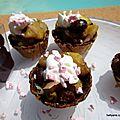 Mini tulipes et mini cônes chocolatés garnis de fruits caramélisés