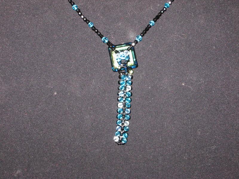 collier kanak blue2
