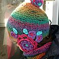 Happy rainbow bonnet