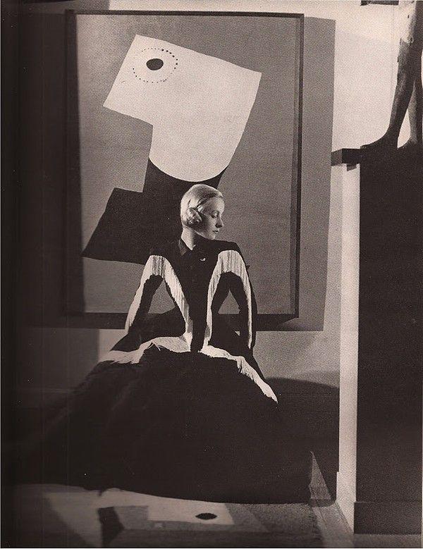 Cristobal Balenciaga, Harper's Bazaar September, 1939 Photography: Hoyningen-Huene