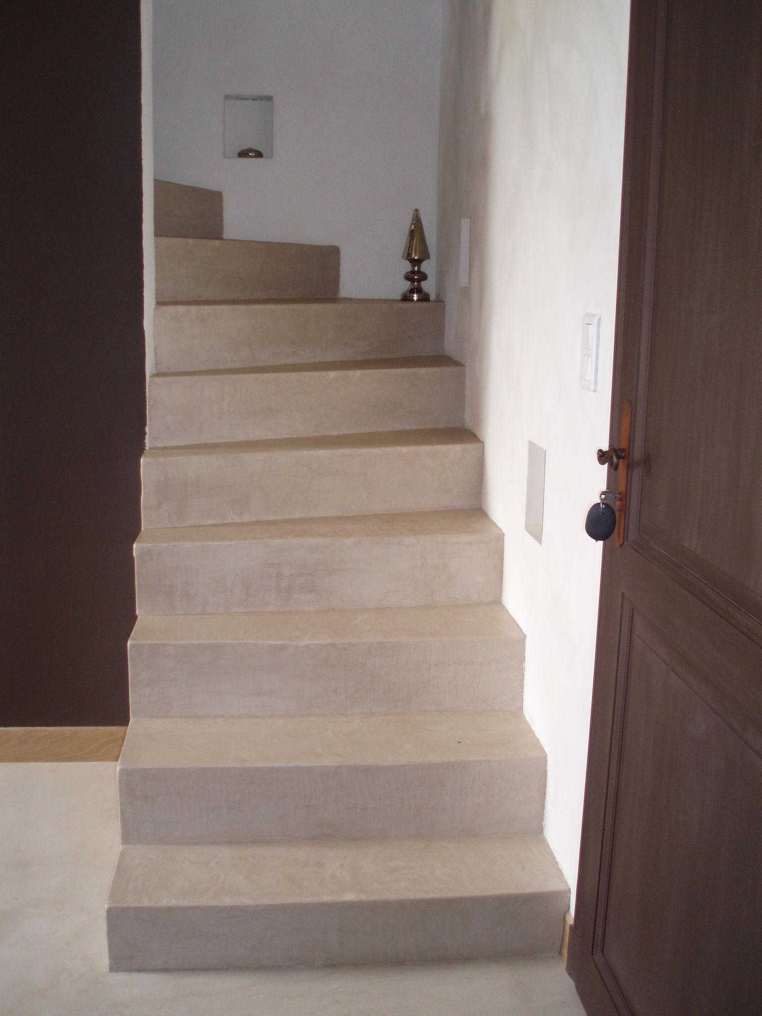 beton cire escalier photo de beton cire catherine pendanx. Black Bedroom Furniture Sets. Home Design Ideas