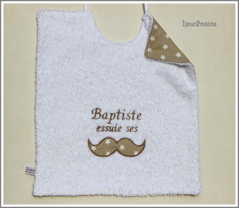 bavoir moustache Baptiste
