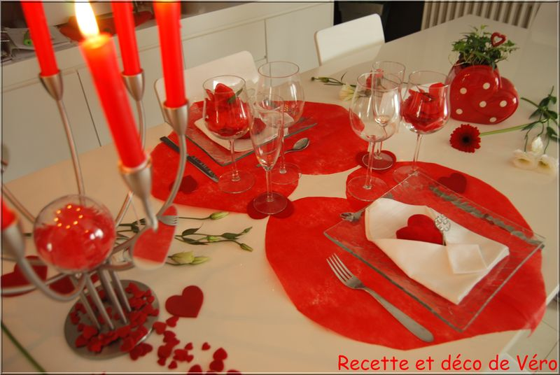 Recette et d co de v ro for Deco table st valentin