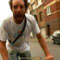 Un fou arrive en retard: Fabian !