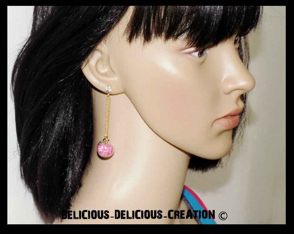 Boucles d'oreilles !! BUBBLE CHAIN !! en metal et Verre garnie de perles rose T: 6 cm long BELICIOUS-DELICIOUS-CREATION