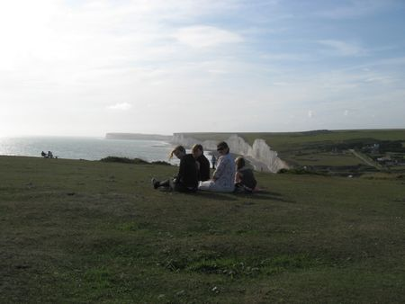 Picnic_on_the_cliffs