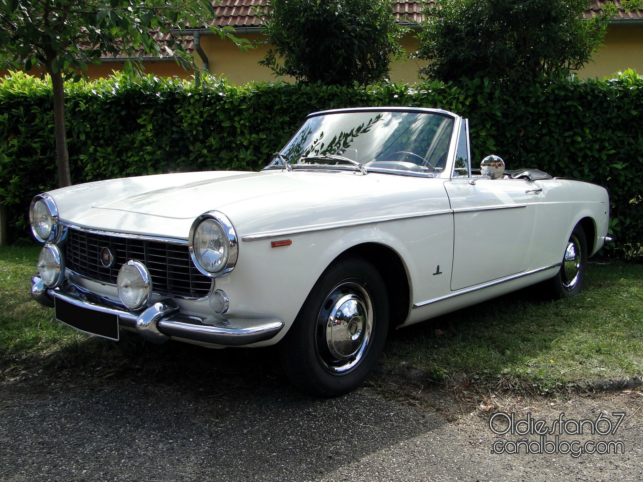 fiat 1500 cabriolet 1963 1965 oldiesfan67 mon blog auto. Black Bedroom Furniture Sets. Home Design Ideas