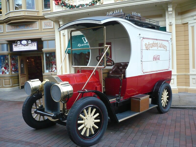 FORD Model T Main Street Deliveries Truck Réplica par Severn Lamb Marne la Vallée - Disneyland (1)