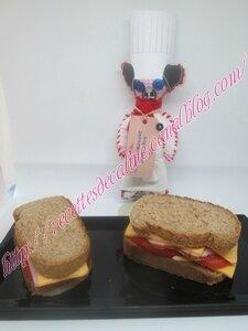 Sandwich au rôti de porc froid, tomates et cheddar12