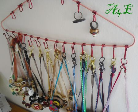 Astuces de rangement on pinterest ribbon storage craft - Support bijoux a faire soi meme ...