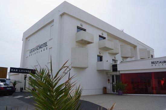 grand-hotel-de-la-plage (1)