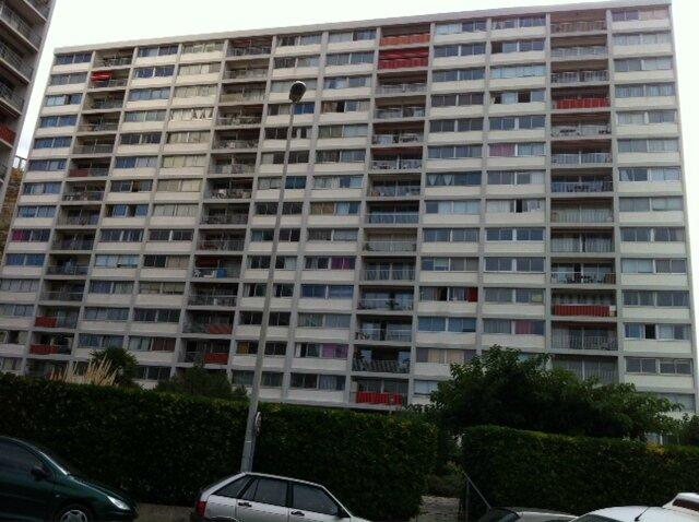 façade 10